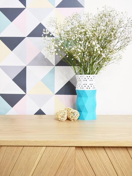 cache pot vase fleurs blanches blanc turquoise boule osier - blog déco - clem around the corner