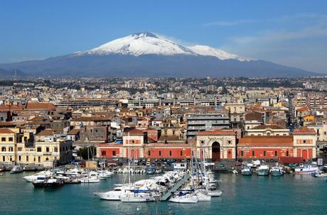 Catane devant l'Etna - Sicile