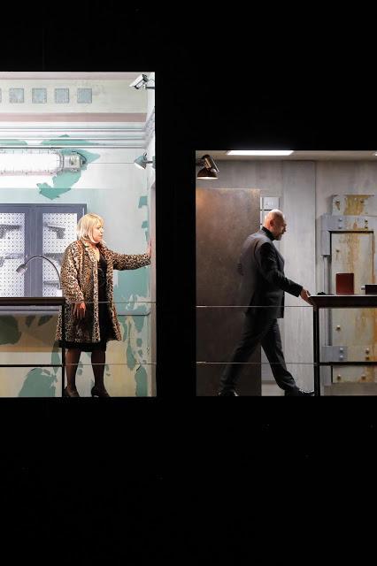Sept pièces en enfilade : enquête policière autour du Barbe-Bleue de Bartók à Munich