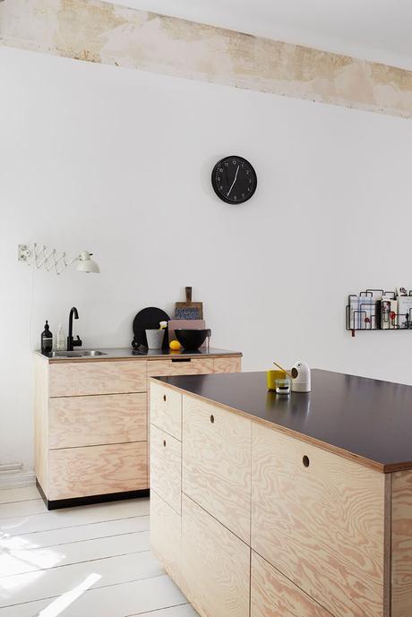 cuisine en bois décoration intérieure minimaliste naturel clemaroundthecorner