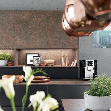 cuisine ouverte noire bronze cuivre inspiration déco
