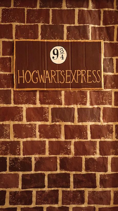 voie 9 trois quarts mur de briques train poudlard express diy soirée costume - blog déco - clem around the corner