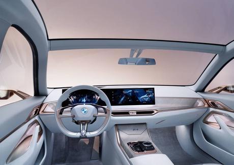 La nouvelle voiture 100% électrique de BMW se dévoile