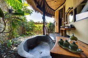 salle de bain extérieure haut de gamme