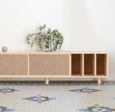 meuble en bois style cannage vintage clemaroundthecorner