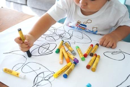 16 idées d'activités pour occuper les enfants à la maison !