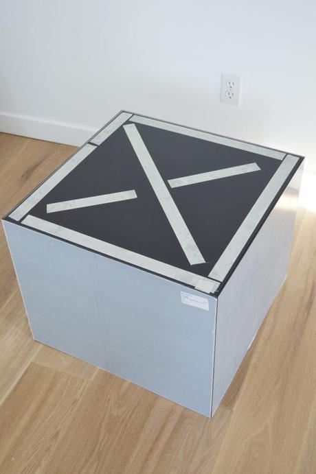 lack ikea hack table basse plexiglas idée originale scotch double face - blog déco - clem around the corner