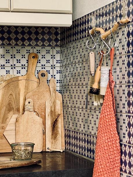 Décorer et désencombrer sa cuisine sans percer les murs