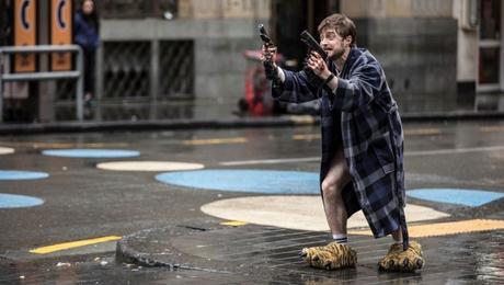 guns-akimbo-Daniel-Radcliffe