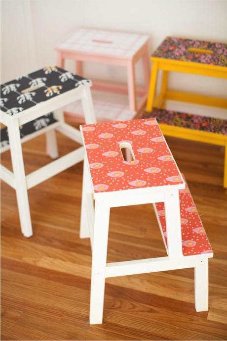 marche pied ikea tabouret blanc rouge jaune style vintage printemps - blog déco - clem around the corner