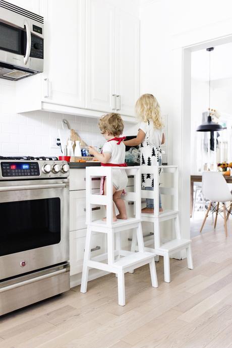 escabeau bois blanc cuisine ikea hacks mobilier enfant - blog déco - clem around the corner