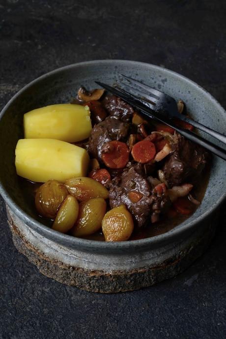 cuisine française , cuisine traditionnelle , boeuf bourguignon , recette classique , recette CAP