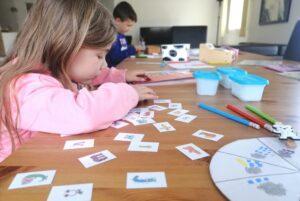 Ecole à la maison: du matériel éducatif à disposition des parents