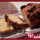 Cake à la crème fraîche et pépites de chocolat - Oh, la gourmande..