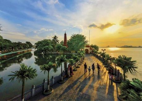 Balade insolite Hanoi avec Hung