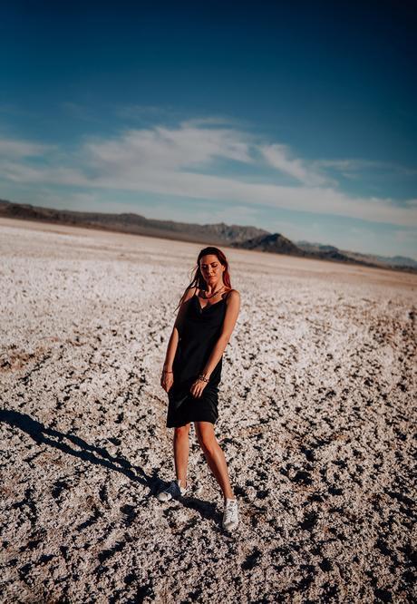 La Redoute : little black dresses in California