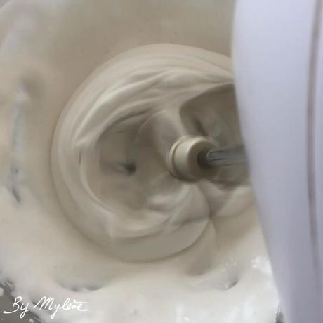 blanc en neige d'aquafaba
