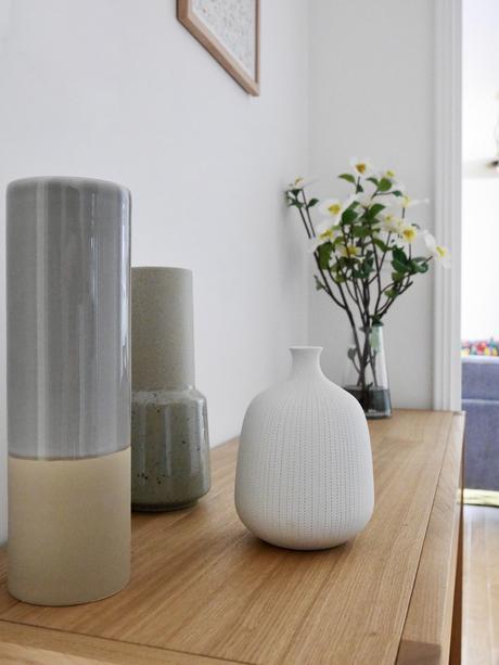 agencer petite entrée vase artisanat terre cuite blanche porcelaine