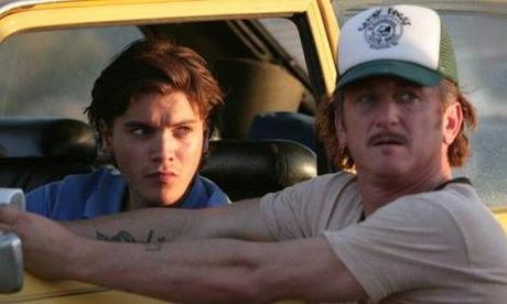 Emile Hirsch et le réalisateur Sean Penn