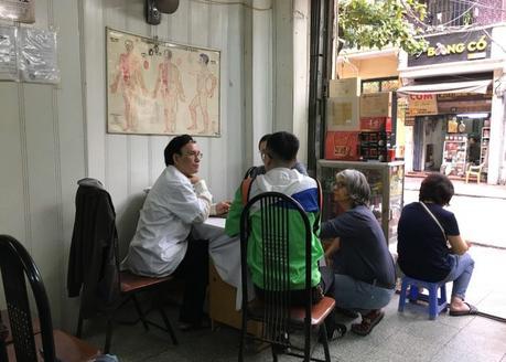 Docteur Cuong et la phytothérapie vietnamienne