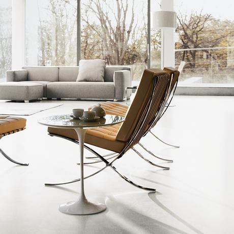 barcelone chair saarinen side table tulipe salon canapé gris - blog déco - clemaroundthecorner