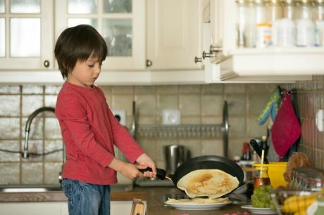 Quick and Easy Crepes for Kids   ThriftyFun