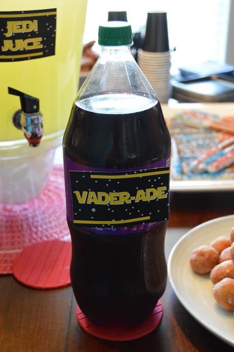 idée étiquette imprimable papier boisson goûter anniversaire jedi