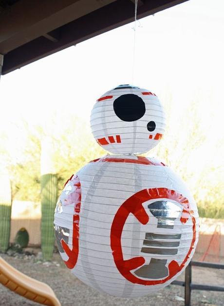 décoration ou piñata pour un goûter star wars idée diy recyclage