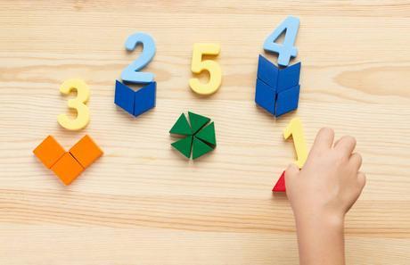 Montessori à la maison : et si on essayait ?