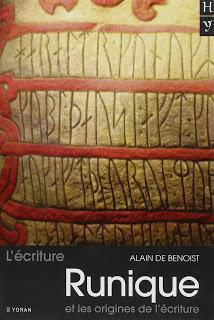 L'écriture runique et les origines de l'écriture, de Alain de Benoist.