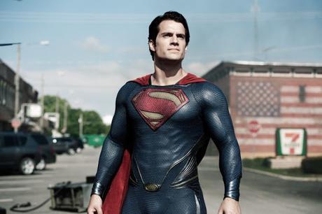 Henry Cavill en pourparlers avec la Warner pour reprendre le costume de Superman ?