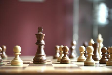 Le jeu d'échecs : un outil pédagogique pour les jeunes