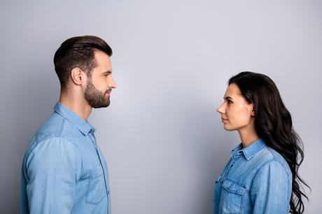 Rien ne vaut une communication directe et apaisée pour la relation de couple (Visuel AdobeStock_256190637)