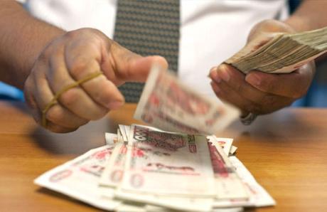 La Finance Islamique au sein des banques publiques conventionnelles : Éléments pour garantir le succès des nouveaux produits bancaires