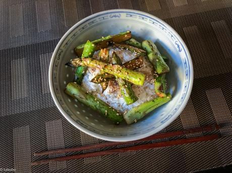 Un air de Japon – Asperges vertes à la sauce de soja et au poivre