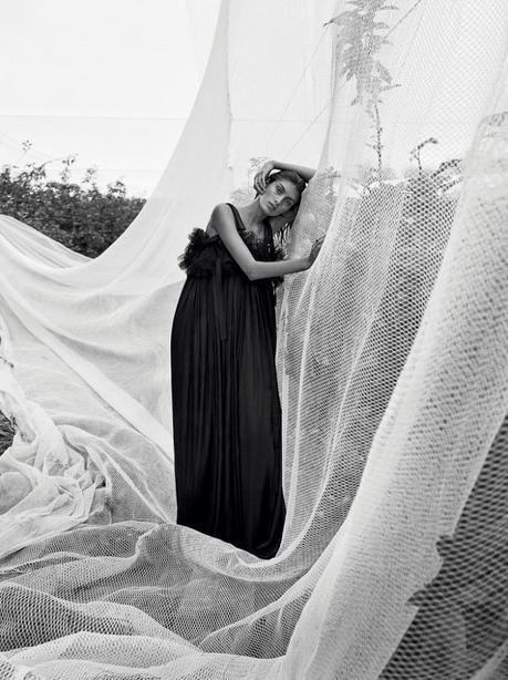 Rossana Latallada par Nicole Bentley