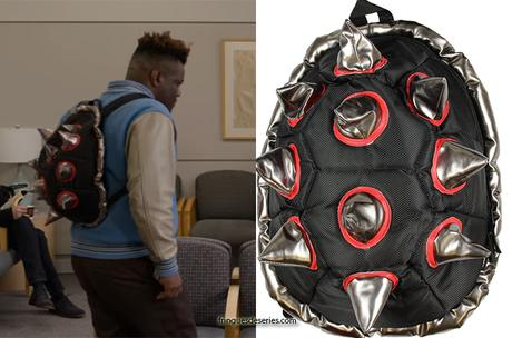 13 REASONS WHY : a Spiked Black-Red Shell Backpack in S4E10