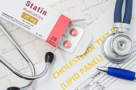 Les statines peuvent-elles réduire la mortalité par COVID-19 ?  (Visuel AdobeStock_169866578)
