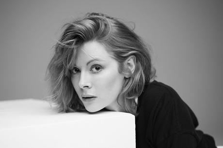 Emily Beecham en vedette de Cry From The Sea signé Vic Sharin ?