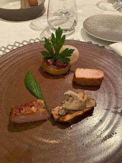 Repas de gala au restaurant gastronomique de l'Hostellerie de Levernois (21)