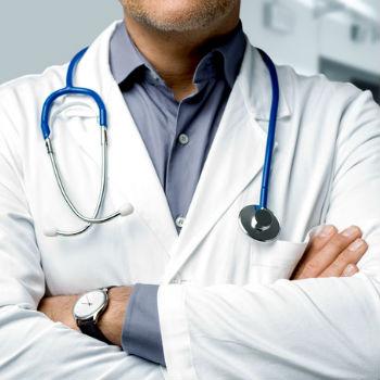 Restez en forme pour combattre le virus, disent les médecins