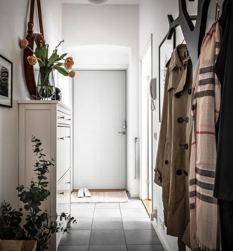 Linné comment aménager petite entrée couloir étroit commode chaussure vertical