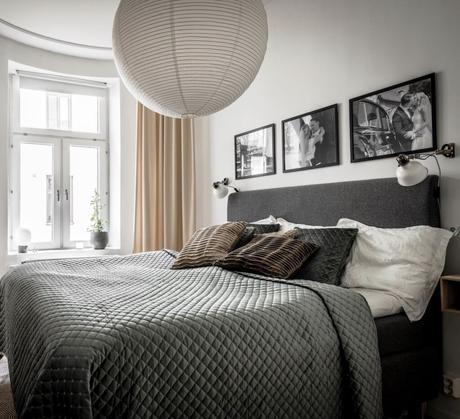 chambre tête de lit molletonnée cadre photos de mariage noir et blanc