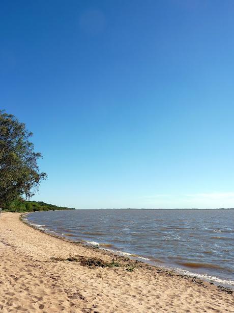 Les plages autour de Carmelo