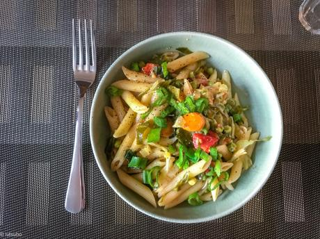Martha ou risottata ? – Pâtes aux légumes, dans une seule casserole
