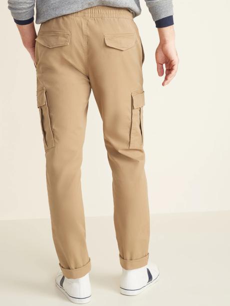 Pantalon cargo : comment le porter