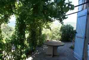Une terrasse déconfinée, fin disparue