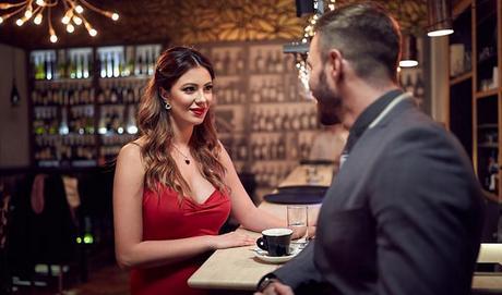 Comment choisir un site de rencontre pour une femme ?