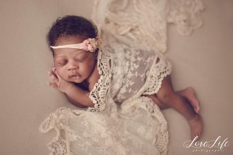 Photographe bébé nouveau-né Chatou
