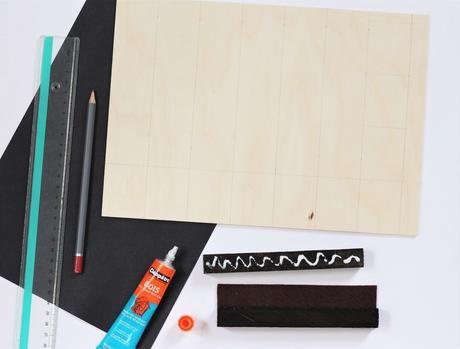 calendrier perpétuel bois diy idée déco chambre ado coin bureau